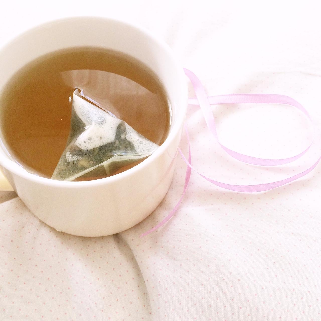 boire une tasse de thé pour une bonne journée 35