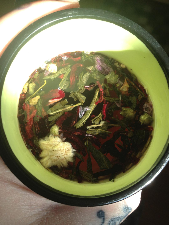 boire un thé en image 20